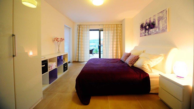 Sevid-Sea-Residence-Apartments-Cetri-Vitra-Master-Bedroom